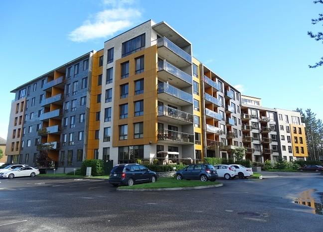 Le Vert Condominium